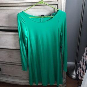 Dresses & Skirts - Green dress NWT
